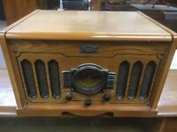 Vintage style record player with built in speakers