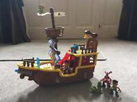 Jake & the Neverland Pirates ship with characters