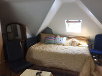 En-Suite Double Room with own kitchenett for Rent in Holders Hill area