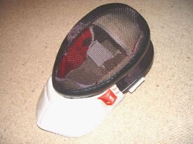 fencing mask brand new size SMALL only CEN1 350N