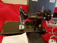 Singer featherlight sewing machine 221K