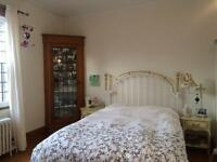 Subletting room in an awesome house! Monkland village/NDG