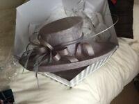 Lilac hat adjustable size ,stunning