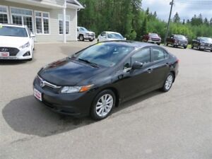 2012 Honda Civic EX SUNROOF, 5 SPEED!!