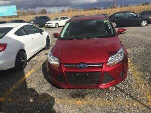 2014 Ford Focus SE - Low Kms - Warranty London Ontario image 2