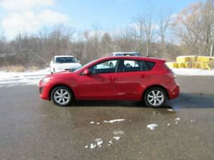 2011 Mazda 3 GX HATCHBACK FWD