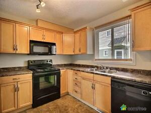 $244,500 - Townhouse for sale in Edmonton - West Edmonton Edmonton Area image 4