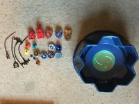 Beyblade arena and 6 beyblades (used)