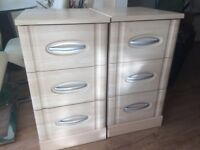 Drawers & bedside drawer unit x2