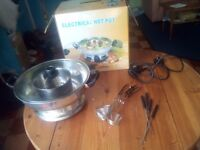 Electric hot pot / Steamboat - GREAT FOR COOKING SOUPS, NOODLES, VEGS,...
