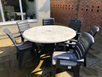 Hartman Garden Table and Chairs with Umbrella