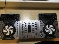 CDJ 400 & Behringer mixer