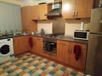 SHORT TERM LET A BEAUTIFUL DOUBLE ROOM IS AVAILABLE TO RENT.