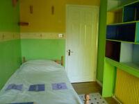 en-suite room in Milton for Lady