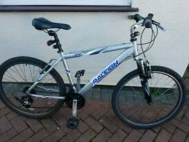 "Men Raleigh 26"" mountaing bike"