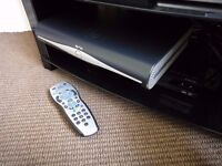 Sky + HD Digibox With Remote Control & Cable. DRX890