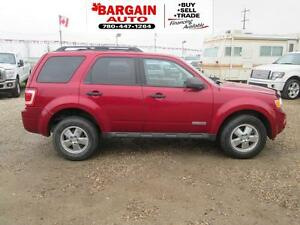 2008 Ford Escape XLT,4 CYL,DVD'S