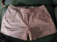 Ladies H&M Shorts - Pink