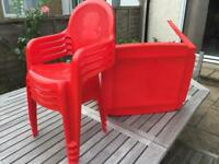 Toddlers table and 4 chair's - Red