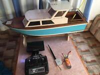 Full working rc fishing boat