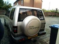 Isuzu trooper insignia 3.0 Trurbo