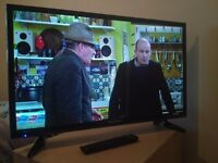 """Great Mint Condition 32"""" BLAUPUNKT LED TV WIFI access, freeview"""