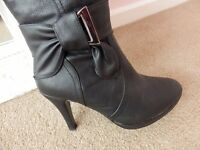 knee high heeled boots size 4 brand new
