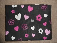 Double Duvet dark pink with hearts