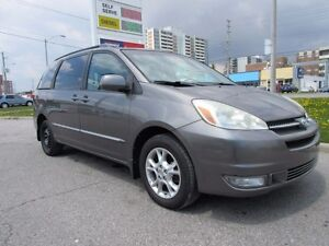 2004 Toyota Sienna XLE, DVD, Sunroof, Leather