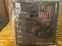 JBL Active Noice Cancelling Bluetooth headphones Live 650