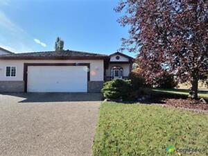 $439,900 - Bungalow for sale in Stony Plain