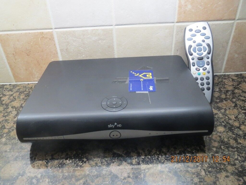 Amstrad Sky+ HD Satellite box with remote