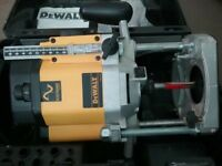 "Dewalt 1/2"" router.. like new"