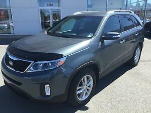 2014 Kia Sorento LX LX FWD LIKE NEW CONDITION