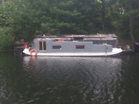 HOUSE BOAT,QUIRKY CONVERTED DUCH BARGE