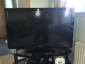 "Hitachi 42"" HD TV with Freeview"