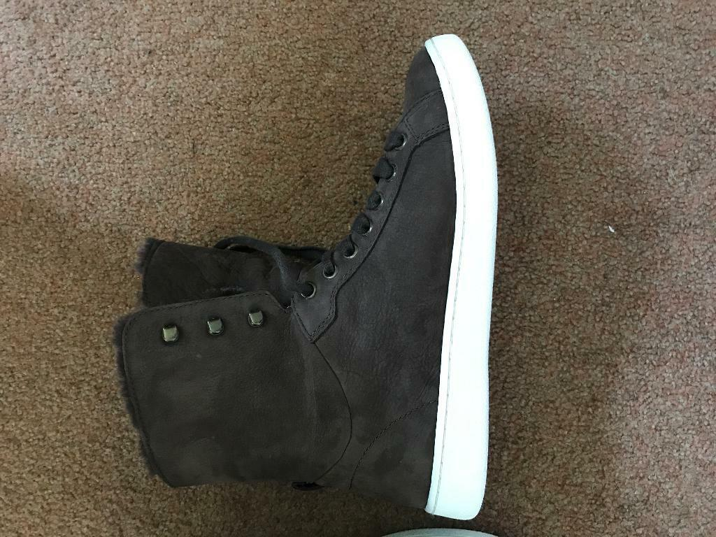 873ed4022bbcfe UGG Starlyn high top trainers