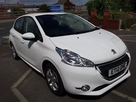 CHEAPEST DIESEL E-HDI AUTOMATIC 208, £0 ROAD TAX, AUTOMATIC GEARBOX WITH F1 PEDAL SHIFTS