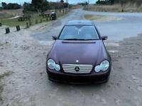 Mercedes C200 CDI mint condition.