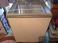 GLASS TOP CHEST FREEZER RETAIL SHOP COMMERCIAL, ICE CREAM DISPLAY