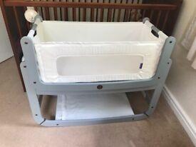Snuzpod Bedside Crib in Dove Grey