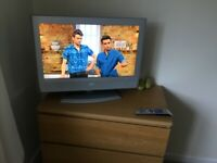 """JVC tv 26"""" with remote"""