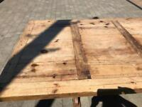 Table pine