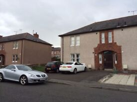Immaculately well presented fully furnished spacious 1-bedroom ground floor flat;