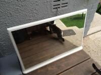Lovely strong self standing dresser/table mirror, excellent condition
