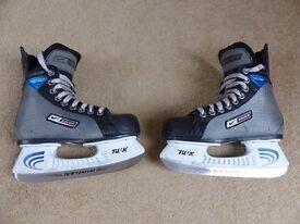 Bauer Supreme 11 Ice Hockey Skates Size UK 2.5