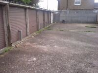 Garages to rent: Camp Drive Houghton Regis LU5 - ideal for storage/car