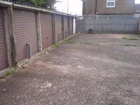 Garages to rent: Camp Drive Houghton Regis LU5 5HE