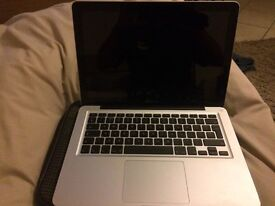 "MacBook Pro 13"" hardly used looks new"