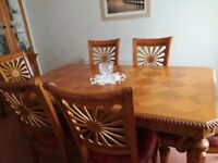 Extendable Dinning Room Table .6 chairs and matching sideboard/display cabinet